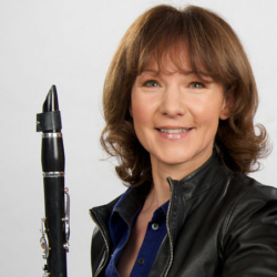 Emma Johnson with her Peter Eaton Elite clarinet