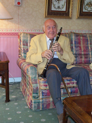 Jack at his retirement home in August 1999, holding an Eaton clarinet.