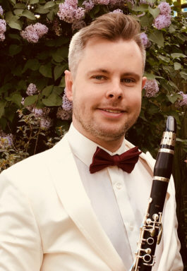 Jonathan Parkin with his Peter Eaton clarinet.